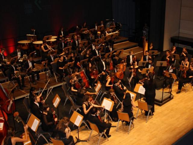 Neue Philharmonie München beim Konzert Junge Stars Fürstenfeld 2017